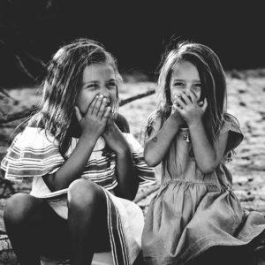 他人との比較をやめて幸せになろう。